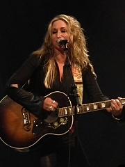 Heidi Newfield