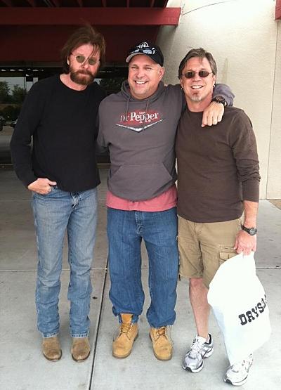 Ronnie Dunn, Garth Brooks & Rob Hajacos